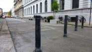 Gevaarlijk of nuttig? Paaltjes op fiets- en voetpaden in Gent worden gescreend