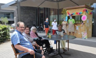WZC Blijvelde verwent bewoners en bezoekers met een zonnige zomerbar