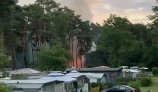 Vier stacaravans gaan in vlammen op in Maasmechelen