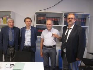 Strijdersbonden onderscheiden burgemeester en ex-secretaris