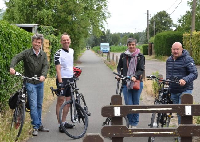 Flexibel paaltje moet fietskruispunt veiliger maken na ongeval