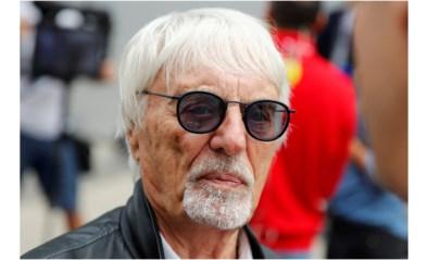 Voormalige F1-baas Bernie Ecclestone (89) verwelkomt eerste zoontje