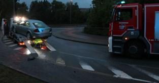 Takelwagen slipt op oliespoor