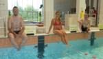 Schepenen gaan als eersten het zwembad in