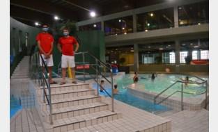 """Geen sprong in het diepe: """"Zwembad goed alternatief om vakantiegevoel op te roepen"""""""
