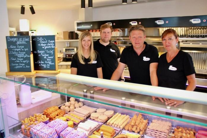 """Frituur De Markt is Beste van Blankenberge, met dank aan renovatie en... corona: """"Onze naambekendheid is groter geworden"""""""