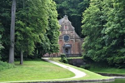 Vierhonderd jaar oude verborgen parel van kasteelpark wordt in ere hersteld