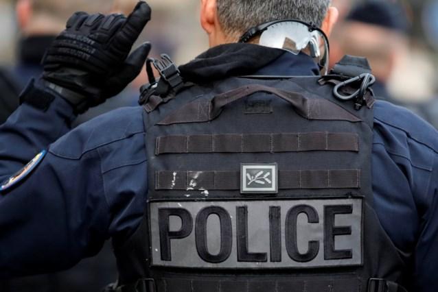 """Parijse zakenwijk ontruimd na alarm over """"gewapende man"""""""