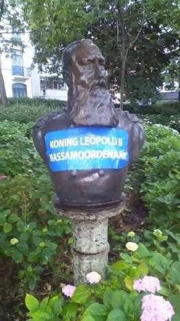 Actie aan borstbeeld Leopold 2