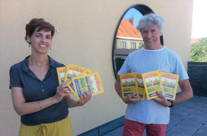 Schoolkinderen krijgen zomer-doe-boekjes mee