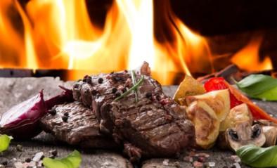 Uitpakken op de barbecue doe je zo, en je moet eigenlijk maar over één kwaliteit beschikken