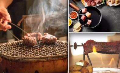 Voor de gezelligheid, het gemak, en zelfs het geklungel: vanwaar onze fascinatie voor 'koken aan tafel'?