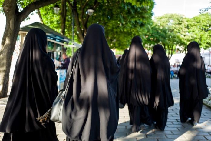 """Nieuwe islamstroming ronselt kinderen in ons land: """"Ernstige bedreiging voor onze samenleving"""""""