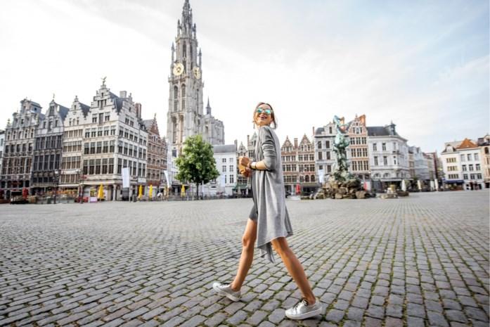 """Het vakantietype dat de Vlaamse toerist in eigen land links laat liggen: """"De grote golf blijft uit"""""""
