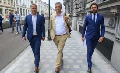 Ze gingen het land uit het slop halen, maar rollen nu ruziënd over straat: hoe het misging met de 'drie koningen'