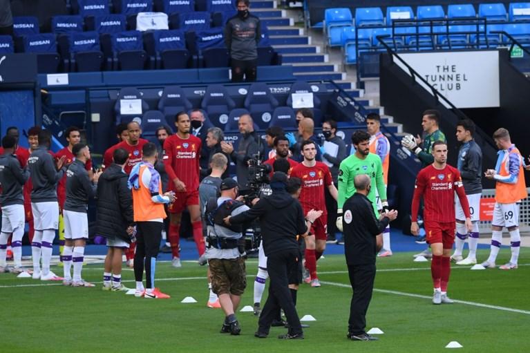 Kevin de Bruyne en co vormen erehaag voor kampioen Liverpool (maar één speler had daar absoluut géén zin in)