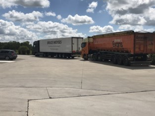 Illegaal ontdekt in laadruimte slapende trucker