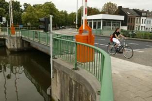 Colomabrug na noodherstelling opnieuw open voor voetgangers en fietsers