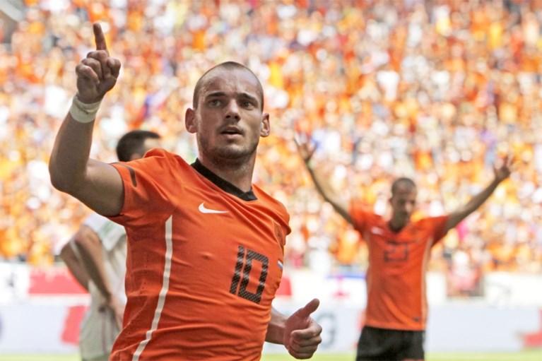 """Maakt na Robben ook Wesley Sneijder een comeback? """"Ik ga er serieus over nadenken"""""""