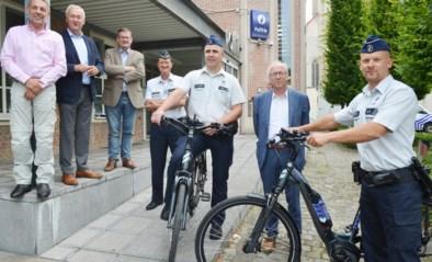 """Wijkpolitie met elektrische fietsen de baan op: """"Zichtbaar en aanspreekbaar"""""""