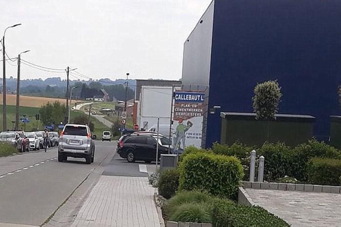 Gemeente vraagt verkeerslichten om kruispunt Eikestraat-Brusselbaan veiliger te maken
