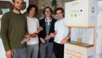 """Eerste frisdrankautomaat zonder verpakking is Gents en gezond: """"Studenten zijn er wild van"""""""