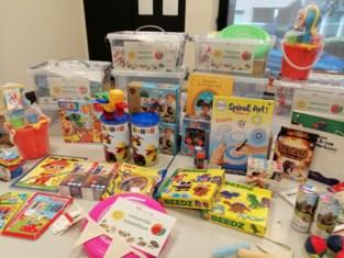 Huis van het Kind schenkt speelboxen aan kwetsbare gezinnen