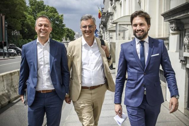 Drie koningen strijken plooien glad na vertrouwensbreuk: Bouchez belooft abortus niet in Kamer te bespreken