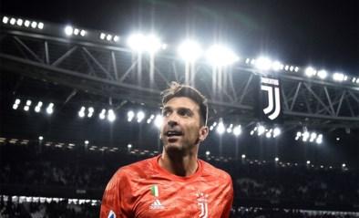 Levende legende: Buffon is met 648 wedstrijden recordhouder in Serie A
