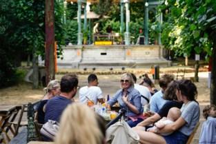 Populaire zomerbar in Citadelpark mag open, ondanks felle kritiek op stadsbestuur