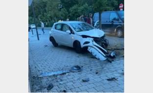 Wagen ramt gevel