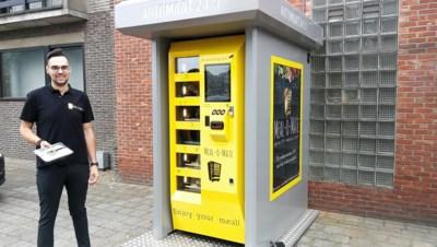 """Jonge cateraar lanceert reeks automaten met kant-en-klaargerechten: """"Dit slimme toestel mailt me zelf wanneer een product opgeraakt"""""""