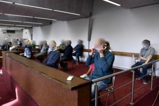 Coronaproof assisen in Antwerpen: publiek volgt zaak op scherm in extra zaal