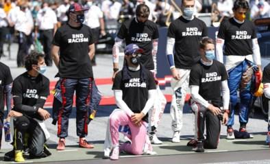 """Max Verstappen (en vijf anderen) knielen niet tijdens F1-start, wat niet iedereen kon vatten: """"Dit bespreek je toch op voorhand?"""""""