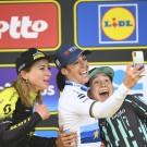 Cecilie Uttrup Ludwig (rechts) werd in 2019 derde in de Ronde van Vlaanderen voor vrouwen.
