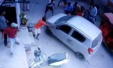 Dronken politieman rijdt oude vrouw aan en probeert vluchtmisdrijf te plegen