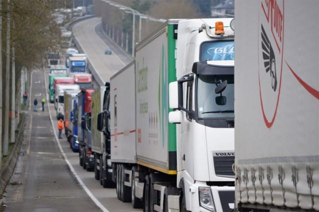 Betonfabriek verplaatst transport van weg naar water: 53 vrachtwagens van de weg gehaald