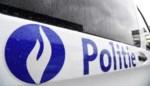 Dronken bromfietser steekt middelvinger op naar politie