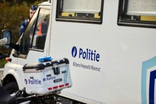 Zes transmigranten opgepikt in weide langs E313 in Rijkhoven