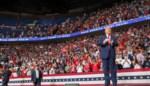 Trump houdt volgende week nieuwe grote campagnemeeting, in openlucht en met maskers