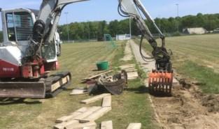 Voetbalclub zoekt milde schenkers om nieuw stadion te financieren (maar bouw is al gestart)