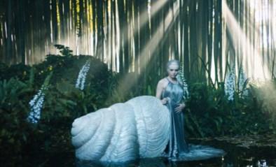 Dior toont nieuwe couturecollectie aan de hand van sprookjesachtige kortfilm