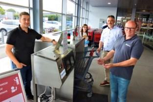 Adegems bedrijf ontwikkelt machine waarmee je handen en winkelkarren kan ontsmetten