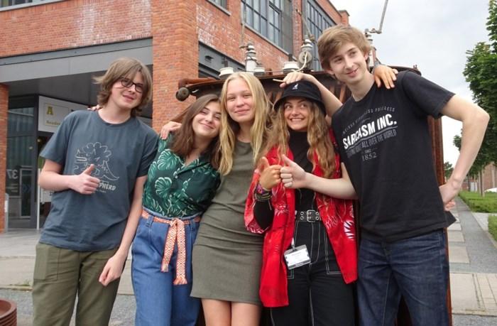 """Jonge Herzelenaars spelen hoofdrollen in """"eerste virtual reality-serie in Vlaanderen"""" en dat levert spectaculaire beelden op"""