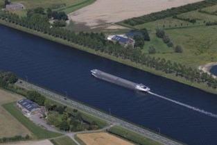 4,2 miljoen ton minder goederen overgeslagen. Slechte eerste jaar helft voor Gentse haven.