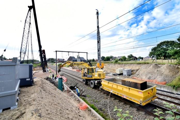 Spectaculaire werken aan overwegen in Diepenbeek op volle toeren
