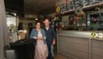Praatcafé 't Aperoke staat te koop: uitbaters verhuizen naar Zuid-Europa
