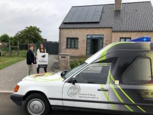 PXL-Healthcare brengt diploma's aan huis met ambulance