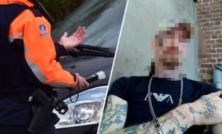 """Acht jaar cel voor chauffeur na 30 keer betrapt te zijn zonder rijbewijs: """"Hij was nog autohandelaar ook"""""""