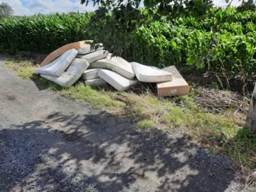 Afvalophalers draaien overuren tijdens coronacrisis: drie keer meer afval, ook sluikstort